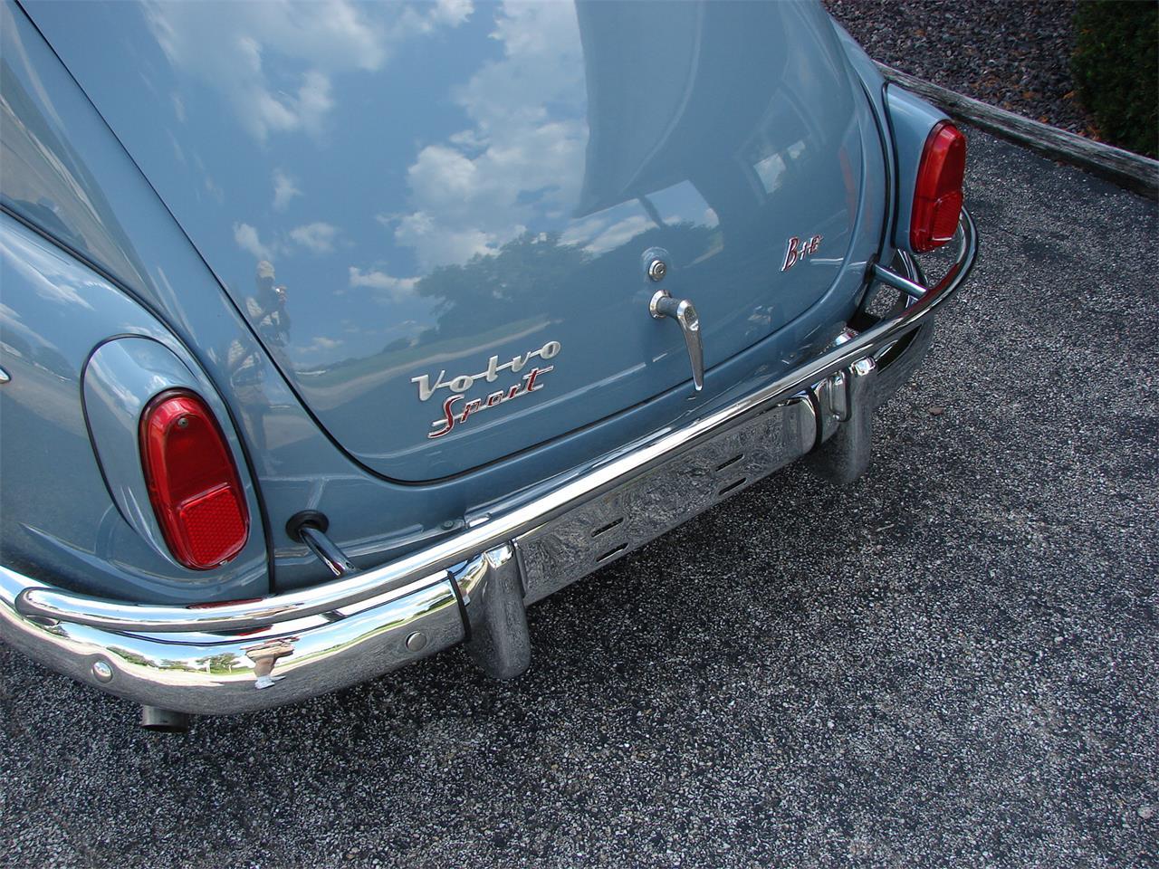 13922370-1963-volvo-pv544-std